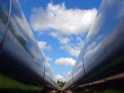 Double pipeline
