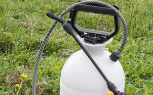 Pulvérisateur à pesticide